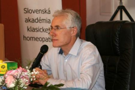 Dr. Jonathan Hardy z Anglicka 10. - 12. 02. 2017 v Bratislave