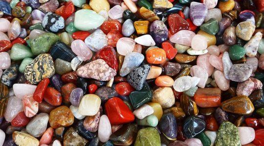 Moje doświadczenia z kamieniami szlachetnymi - kamień księżycowy (Moonstone)