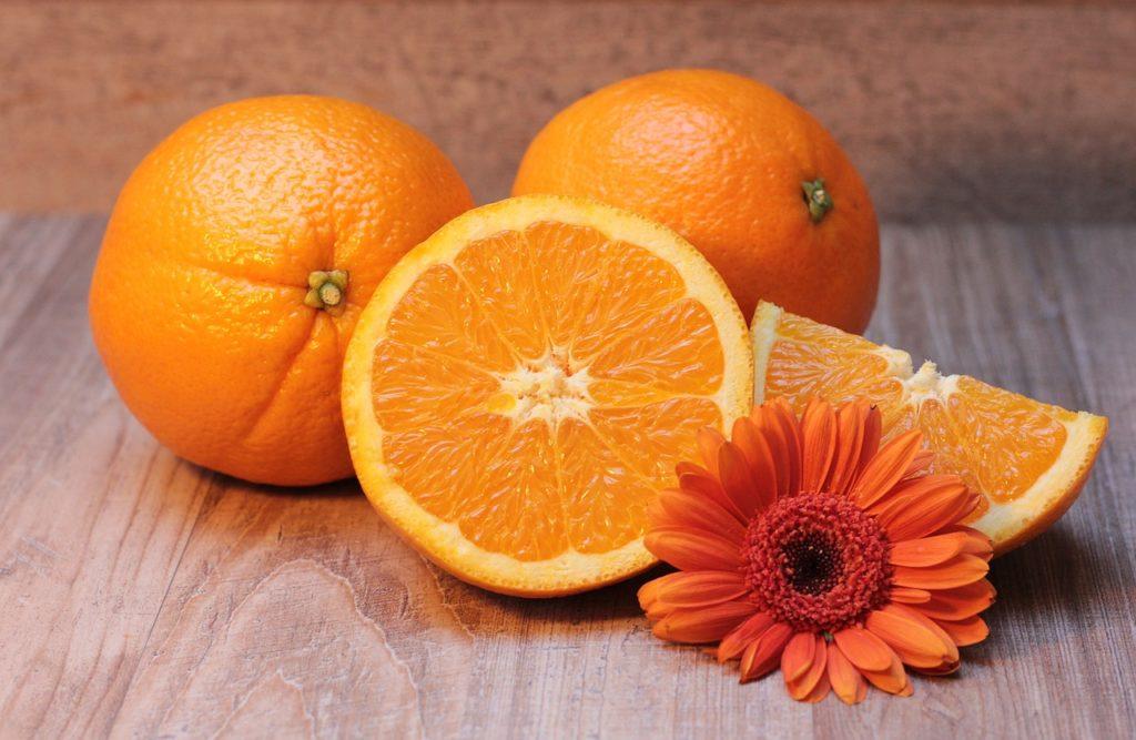 citrusy, oranžová